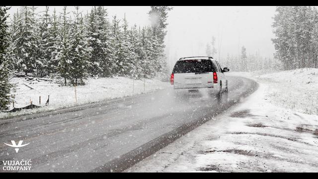 11 savjeta za bezbjednu i udobnu vožnju u zimskim uslovima